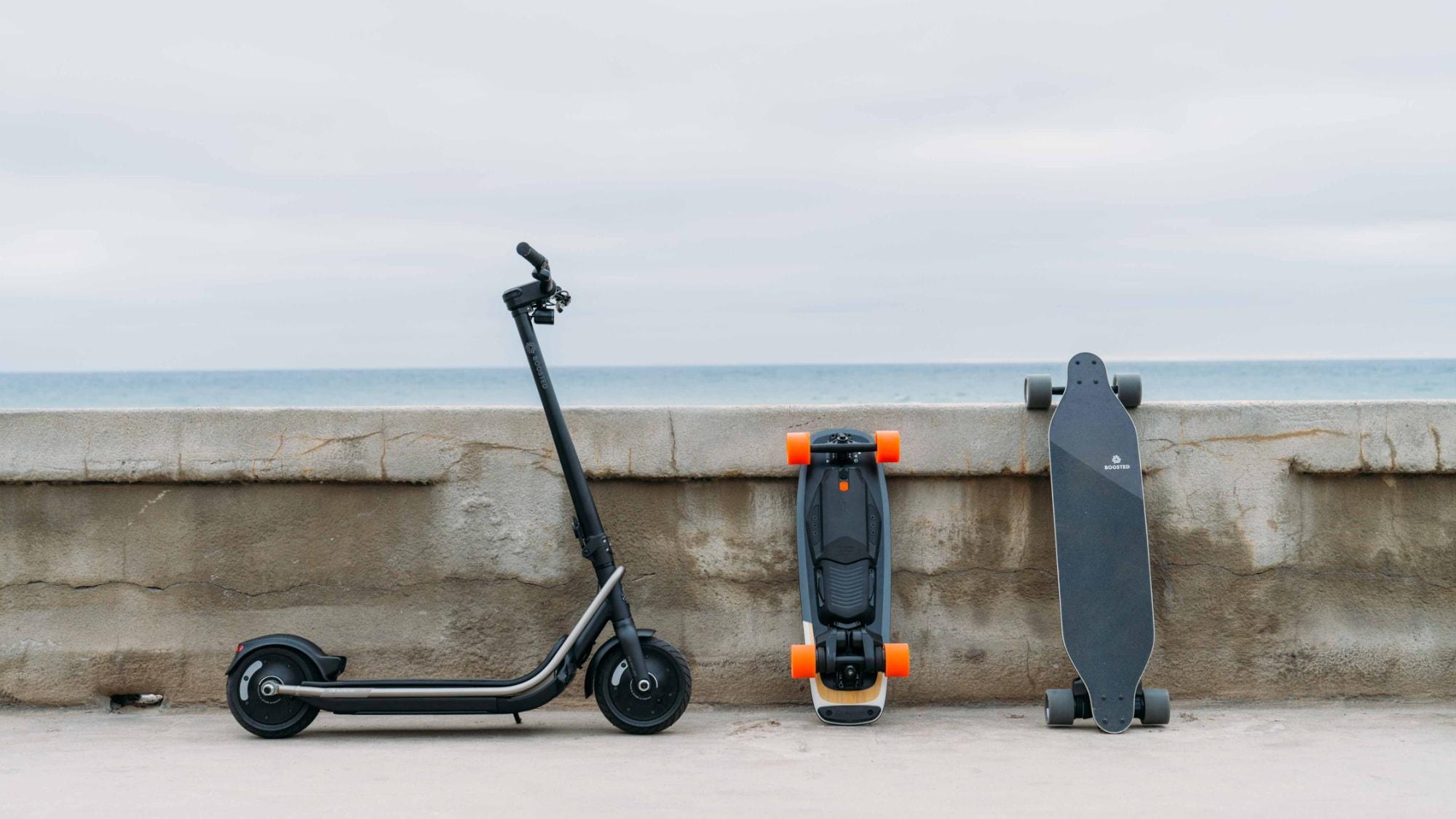 Elektrické koloběžky a skateboardy Boosted