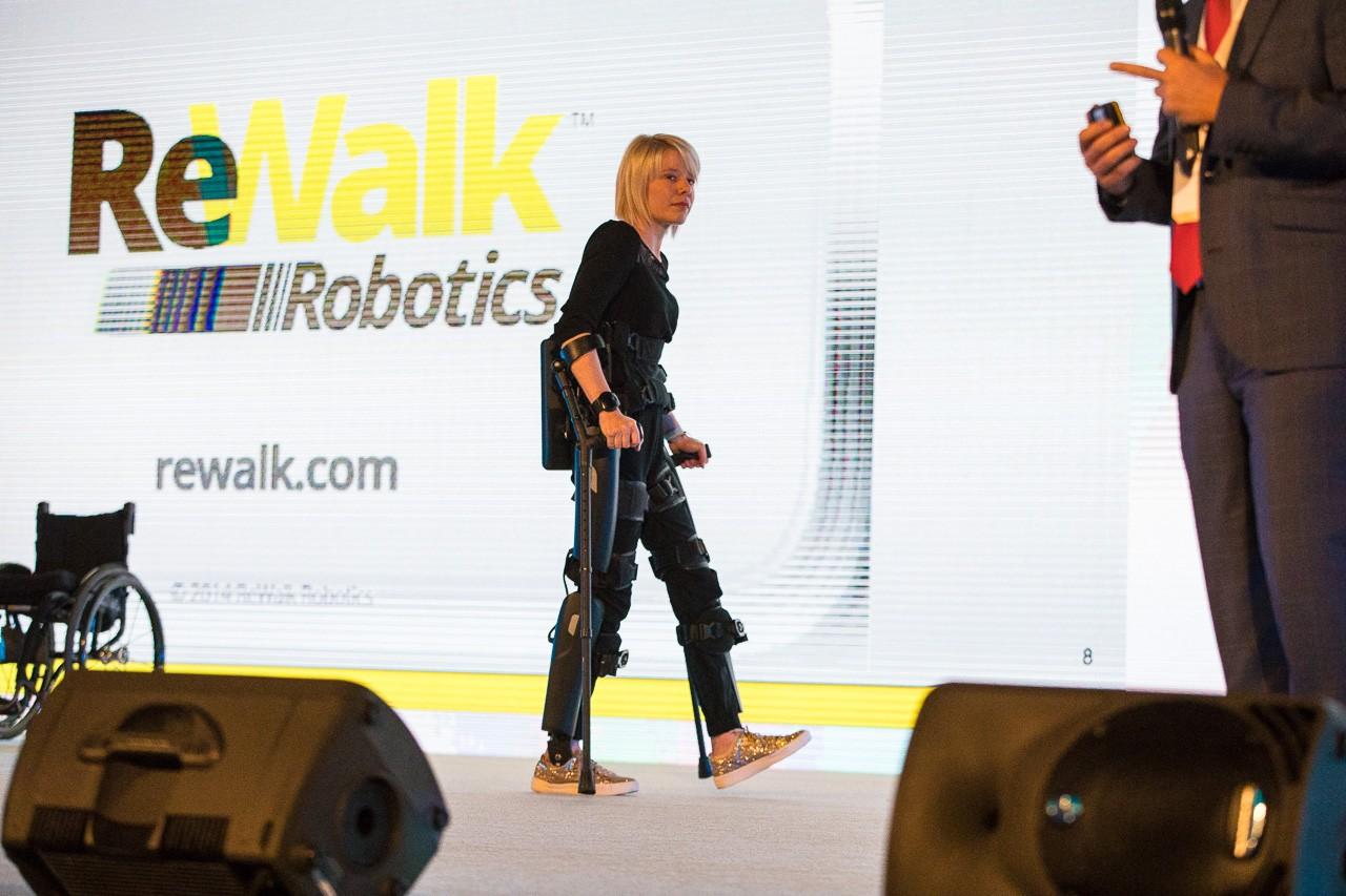Loni Týden inovací ukázal exoskeleton od ReWalk Robotics