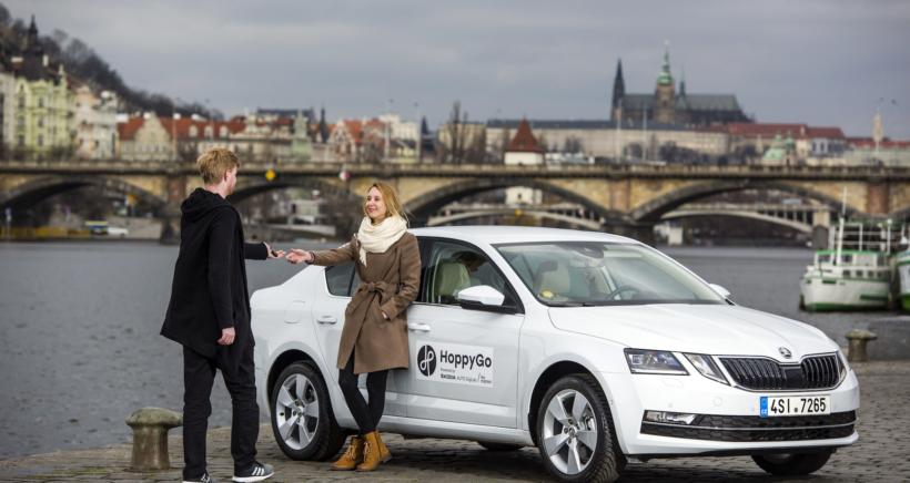 hoppygo-p2p-carsharing