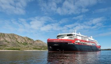 ms-roald-amundsen-1