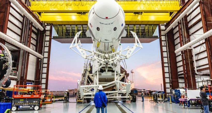 spacex-crew-dragon-min