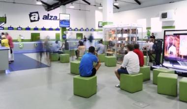 alza-showroom-holesovice