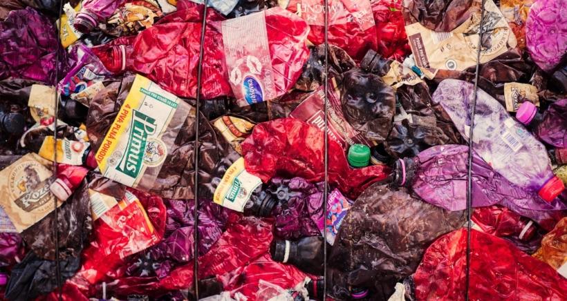 plast-odpad-min