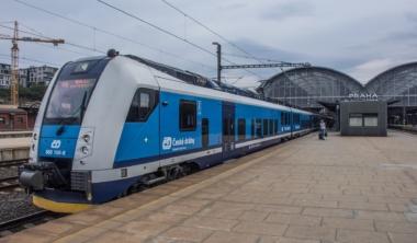 vlak-praha-ceske-drahy-cd
