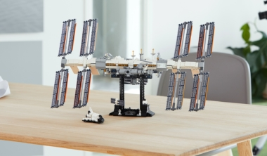lego-iss