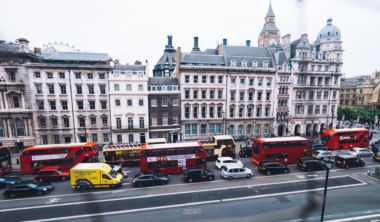 london-cars-min