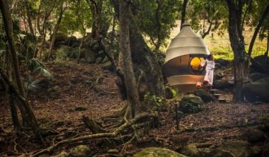 nomadic-resorts-seedpod-1