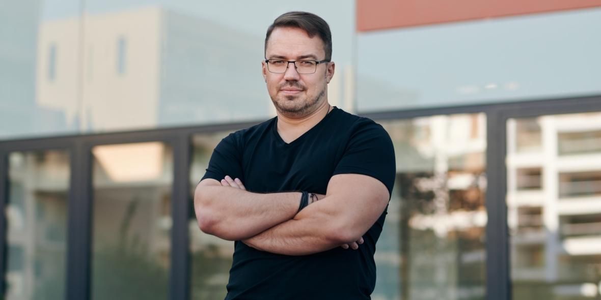 miroslav-udan-boxed