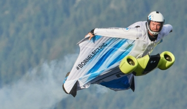 bmw-wingsuit