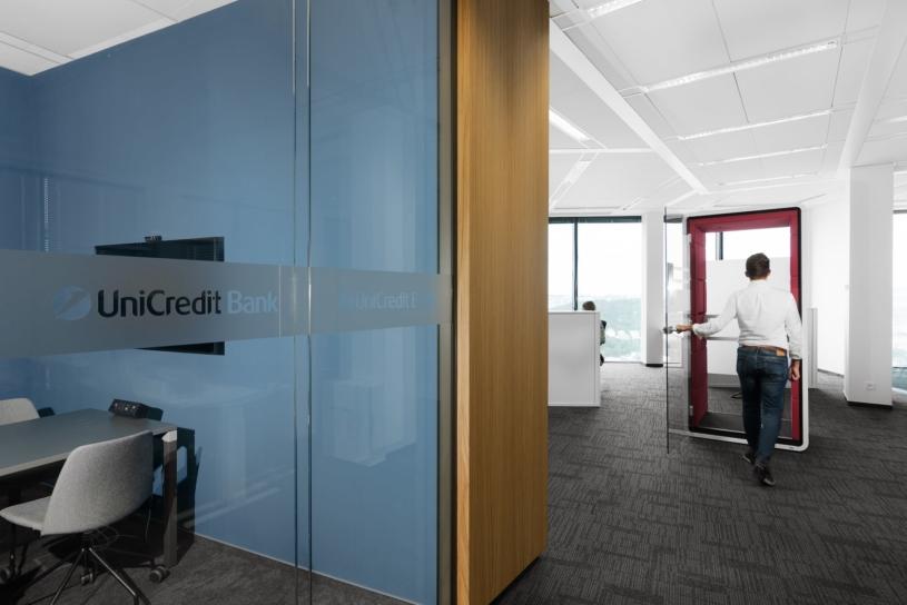 unicredit-bank-capexus-prague-office-15