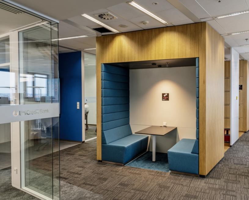 unicredit-bank-capexus-prague-office-2