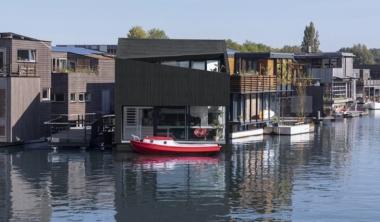 amsterdam_i29_floating_house_0