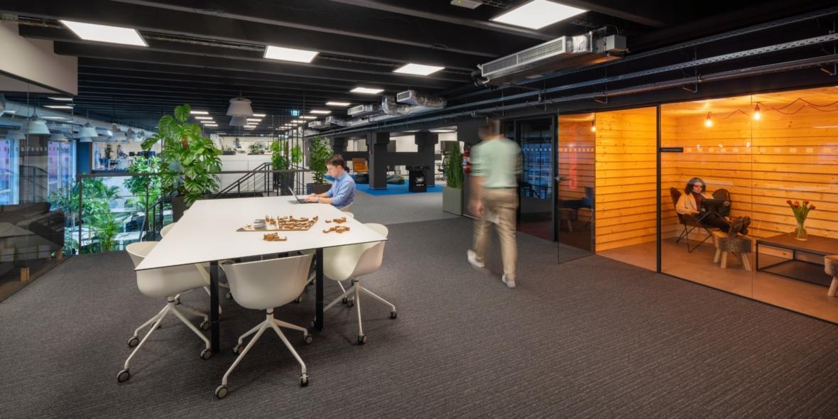 alza-office-boxed