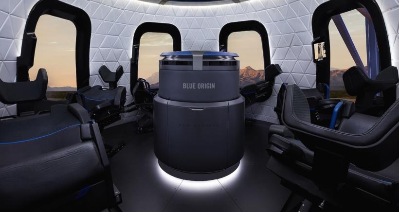 blueorigin-gallery-crew-capsule-interior-min