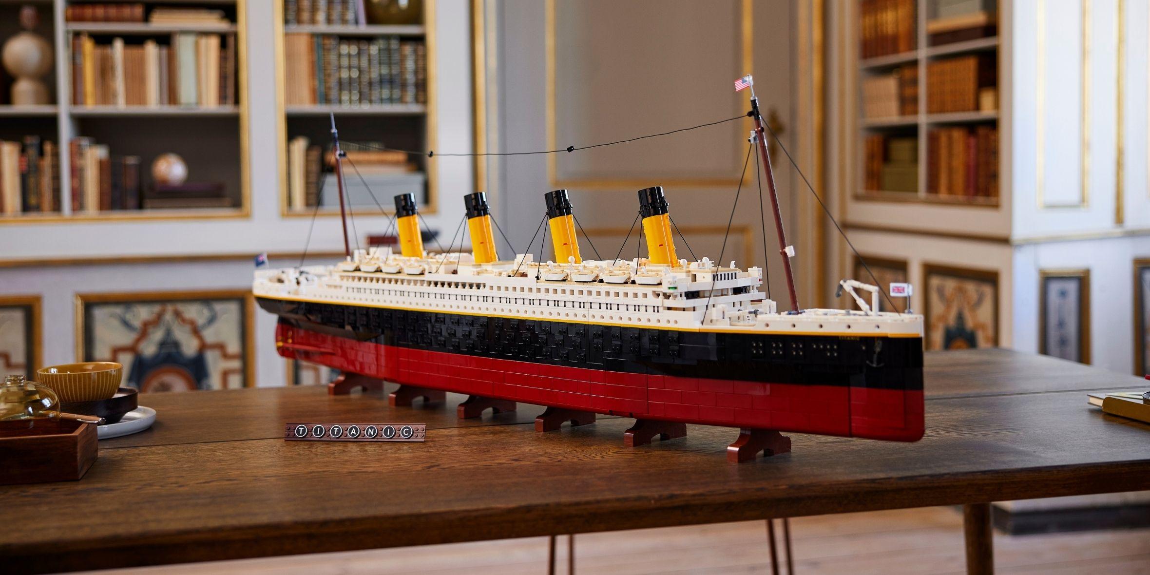 Pocta zaoceánské legendě. LEGO uvádí repliku slavného Titanicu, která měří 1,3 metru a má rekordní počet dílků thumbnail